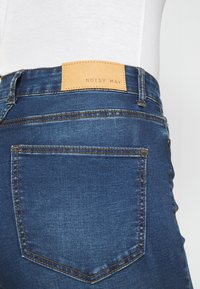 Noisy May - NMSALLIE - Flared jeans - medium blue denim - 4