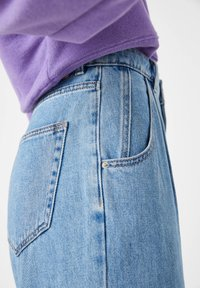 PULL&BEAR - Relaxed fit jeans - light blue - 5