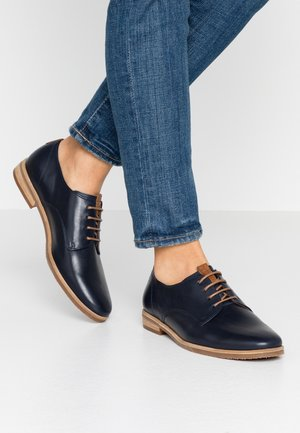 Derbies - midnight/peanut