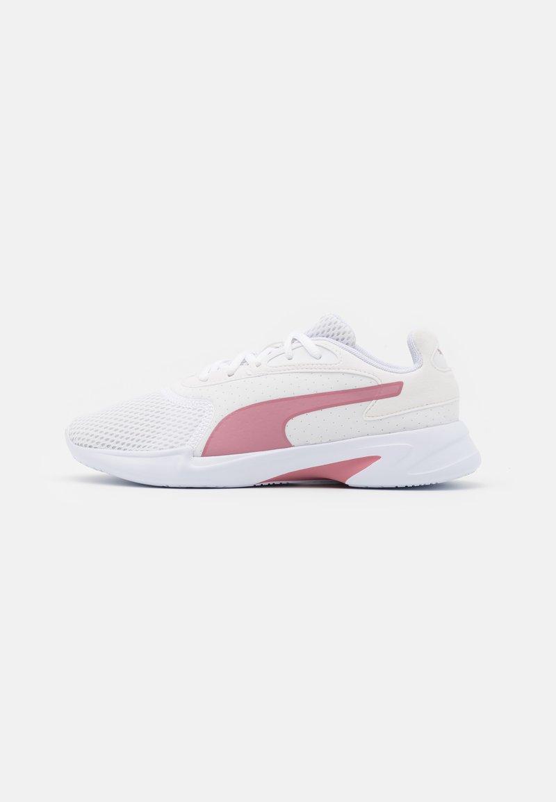 Puma - JARO - Zapatillas de entrenamiento - white/high rise/rosewater/fizzy orange