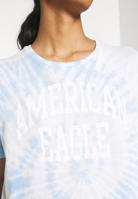 American Eagle - TIE DYE BRANDED  - Print T-shirt - blue - 4