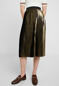 Dorothy Perkins - PLEATED SKIRT - A-linjainen hame - gold - 0