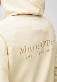 Marc O'Polo - Zip-up sweatshirt - raw cream - 4
