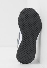 Nike Performance - REVOLUTION 5 UNISEX - Neutral running shoes - cool grey/pure platinum/dark grey - 5