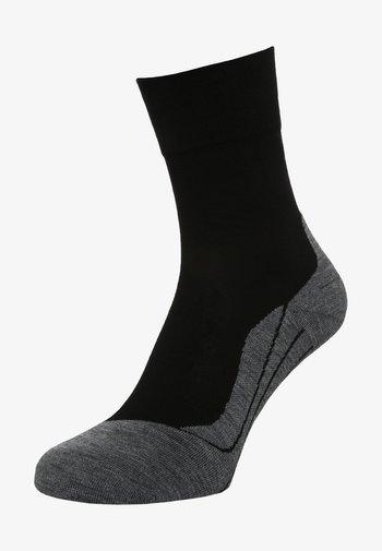 RU4 - Sports socks - black/grey