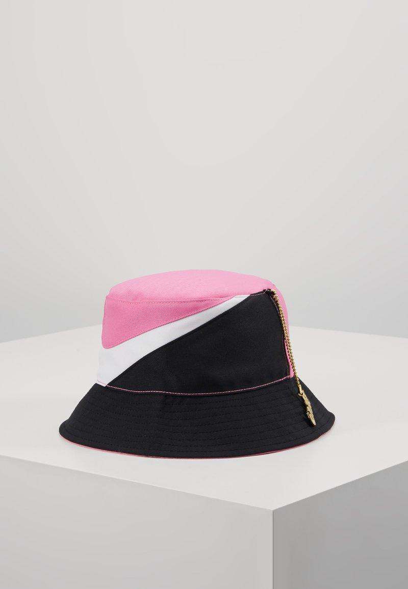 Nike Sportswear - BUCKET CAP - Klobouk - china rose/white/black
