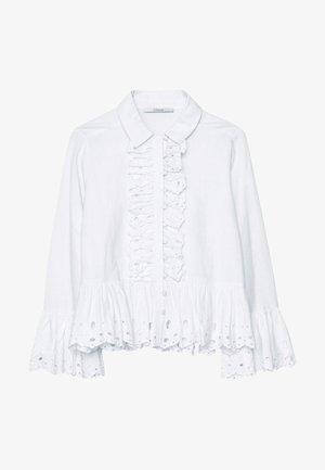 MIT BESTICKTEN VOLANTS - Button-down blouse - white