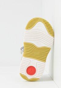 Elefanten - MALY - Sandals - white - 5