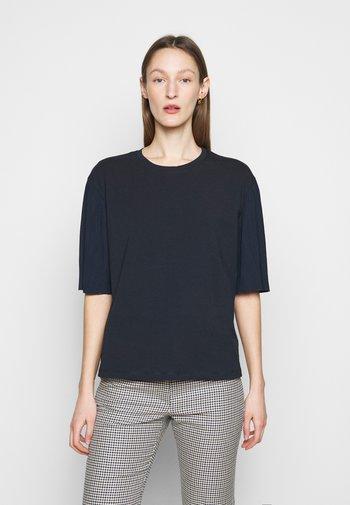 BUGIA - T-shirt imprimé - blau