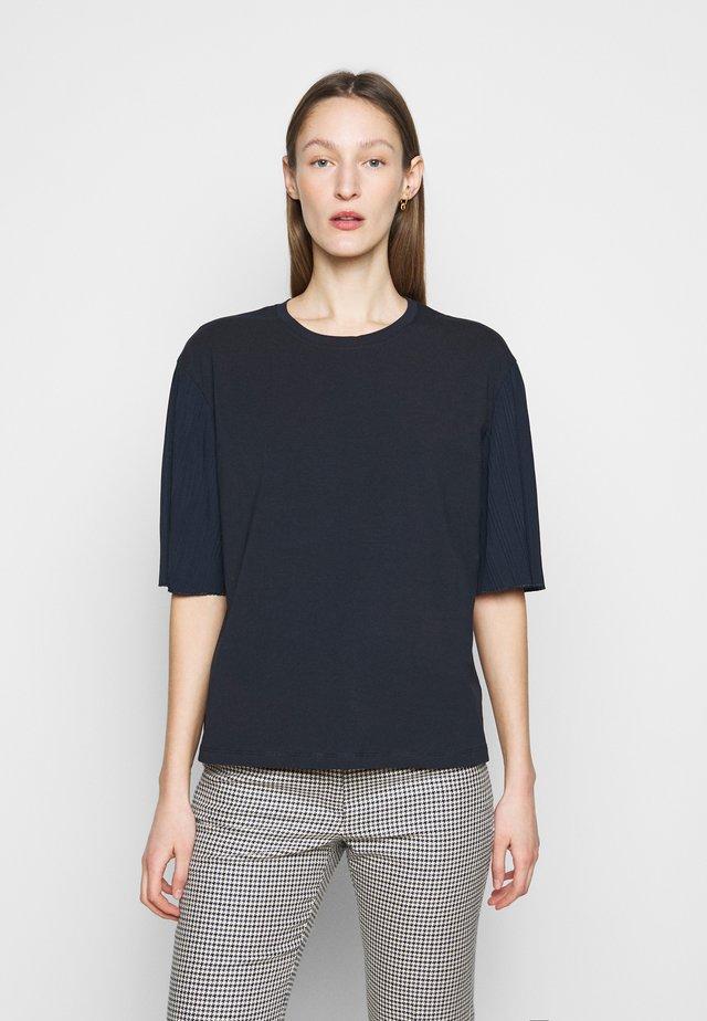 BUGIA - T-Shirt print - blau
