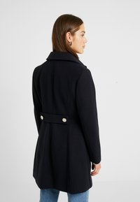 Dorothy Perkins Petite - DOLLY COAT   - Kåpe / frakk - navy - 3