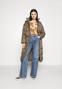 Topshop - Jeansy Relaxed Fit - blue denim - 1