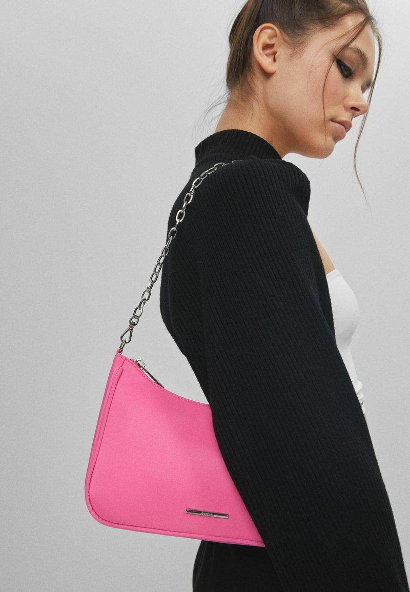Bershka - Kabelka - neon pink