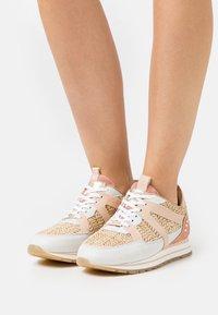 Fred de la Bretoniere - Sneakers - multicolor/white/sand/rose - 0