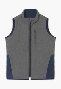 GAP - BOYS FIT TECH - Waistcoat - grey - 2