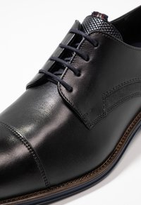 Lloyd - GRIFFIN - Smart lace-ups - schwarz/ocean - 5