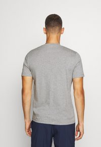 Reebok - STACKED TEE - T-shirts print - medium grey heather - 2