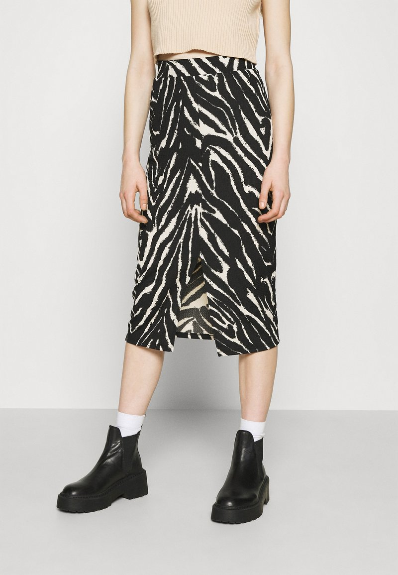 Monki - DOLLY SKIRT - Pencil skirt - zebra