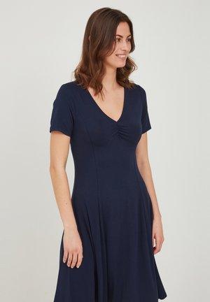 Sukienka z dżerseju - navy blazer