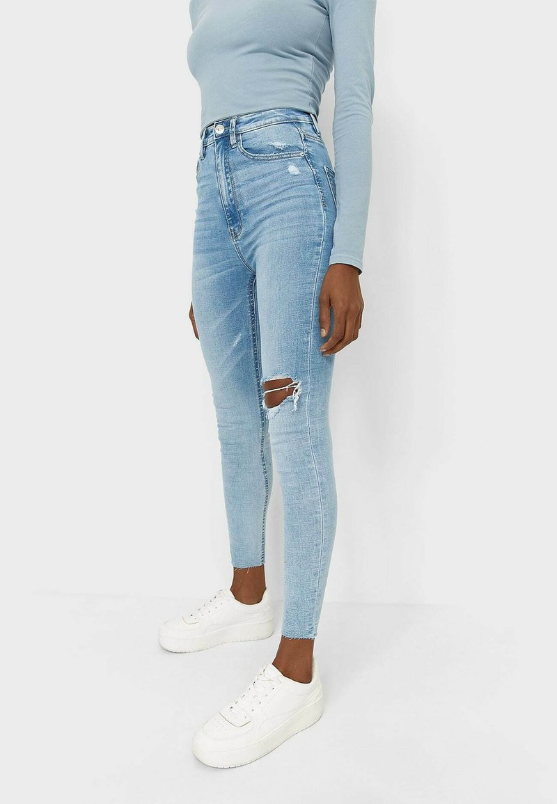 Stradivarius - Skinny džíny - mottled light blue