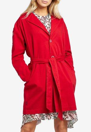 CADEE - Trenchcoat - red