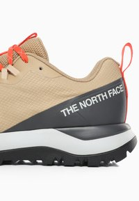 The North Face - M ACTIVIST LITE - Obuwie hikingowe - moab khaki/asphalt grey - 5