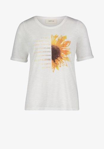 MIT RUNDHALSAUSSCHNITT - Print T-shirt - rohweiß