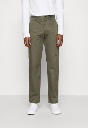 MARCUS LIGHT TWILL TROUSERS - Chinot - olive