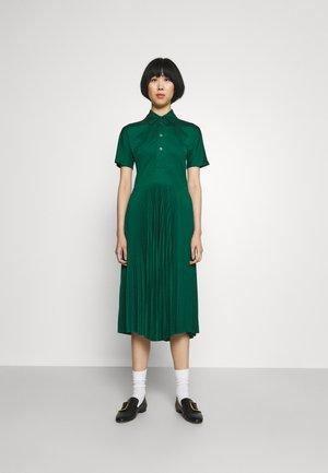 PLEATED DRESS - Shirt dress - green