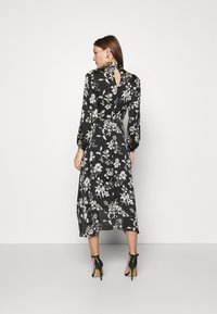Dorothy Perkins - LARGEFLORAL HEMMIDI DRESS - Kjole - black - 2