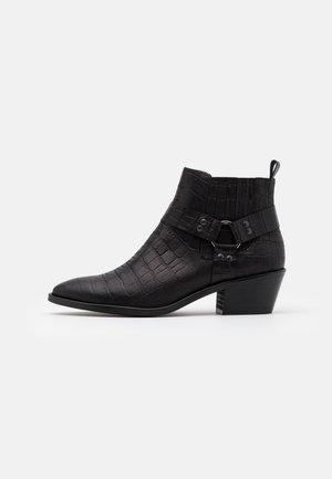 VMSIA - Boots à talons - black