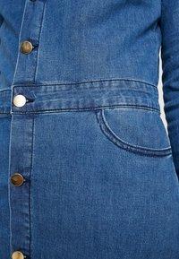 Object Petite - OBJLAIA DRESS - Vestido vaquero - medium blue denim - 7