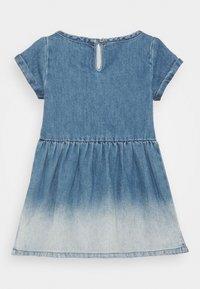 Levi's® - SHORT SLEEVE DRESS - Denim dress - milestone - 1