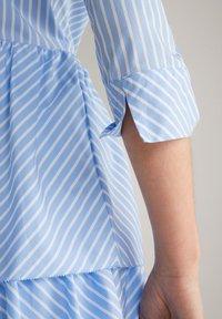 JOOP! - Shirt dress - blau/weiß gestreift - 3