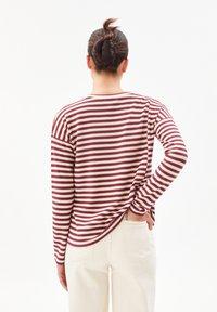 ARMEDANGELS - PALINAA  - Long sleeved top - kitt-ruby red - 2