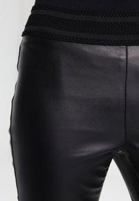 Vero Moda - Leggings - black - 3