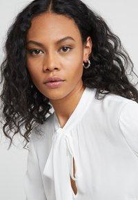 Maria Black - POPPY EARRING - Earrings - silver - 1