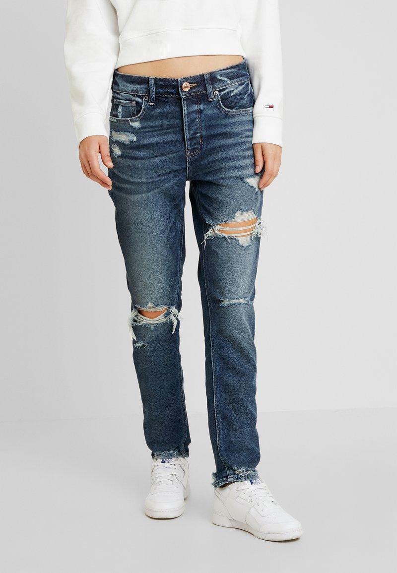 American Eagle - MEDIUM DESTROY TOMGIRL - Jeans slim fit - vintage star