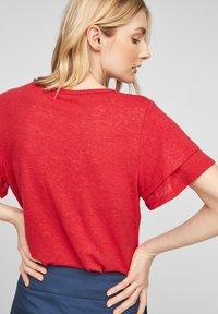 s.Oliver - Print T-shirt - true red - 4