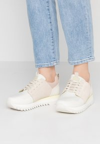 G-Star - DELINE - Sneakers - bisque/milk - 0