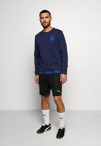 Puma - ITALIEN FIGC CULTURE CREW SWEATER - Sweatshirt - peacoat/team power blue - 1