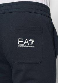 EA7 Emporio Armani - PANTALONI - Träningsbyxor - night blue - 5