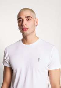 AllSaints - TONIC CREW 3 PACK - Basic T-shirt - optic/black/grey - 5