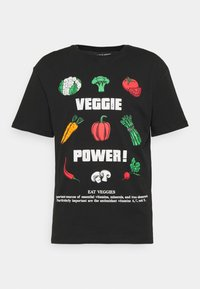 JORVEGGIE TEE CREW NECK - Print T-shirt - black