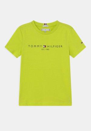 ESSENTIAL TEE UNISEX - Print T-shirt - neo lime
