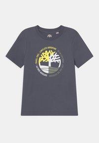 Timberland - SHORT SLEEVES - T-shirt print - medium grey - 0