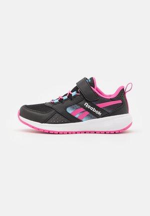ROAD SUPREME 2 ALT SHOES - Neutrální běžecké boty - core black/true pink/digital blue