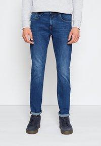 TOM TAILOR DENIM - SLIM PIERS - Jeans slim fit - used mid stone blue denim - 0
