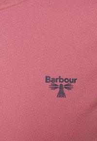 Barbour Beacon - SMALL LOGO TEE - T-shirt - bas - maroon - 2