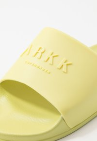 ARKK Copenhagen - SLIDES - Pool slides - yellow glow - 5